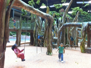 tree c:u swings